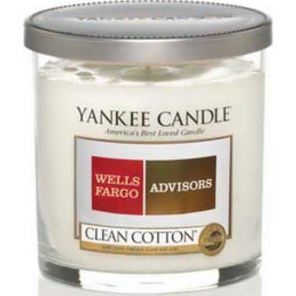7 Oz Personalized Yankee Candle with Silver Lid - QUL